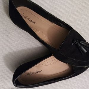 Comfortview black loafers